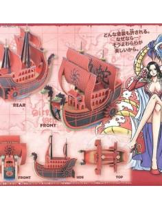 KUJA PIRATES SHIP MODEL KIT...